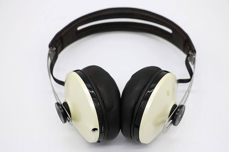 【買取実績】SENNHEISER M2 AEBT IVORY ワイヤレスヘッドホン|中古買取価格5,000円